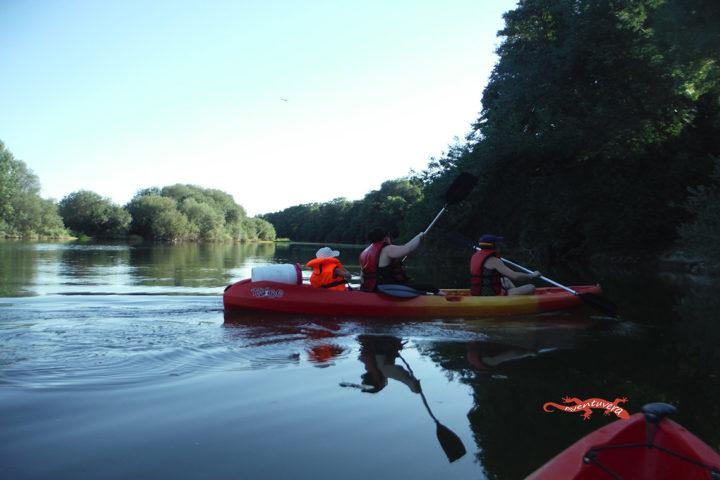 aventuvera deportes de aventura en kayak
