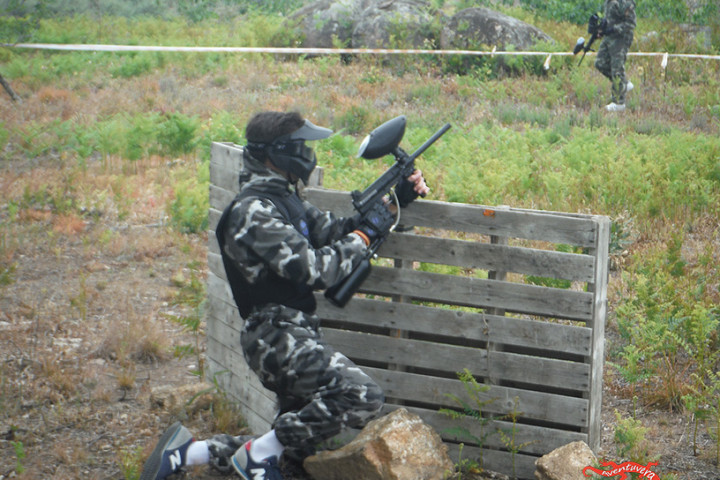 Partida de paintball de 100 bolas